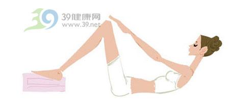 睡前四个动作 减掉肚腩很简单