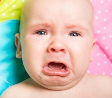 根据婴儿的睡眠来判断母乳的量是否足够。