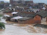 广西:大片民房被淹