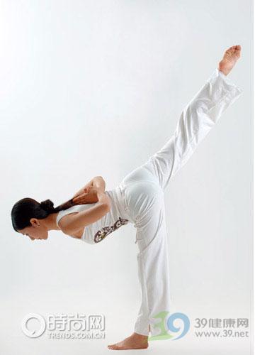 瑜伽体式:单腿平衡式