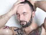 防痱子不宜冲凉水澡