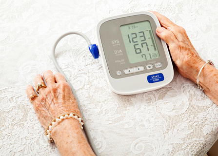 欧姆龙2款电子体温计评测