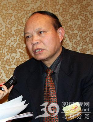吴焰林:肿瘤治疗目前普遍存在过度治疗