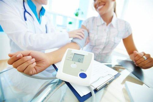 欧姆龙电子血压计评测