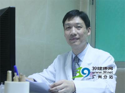专访省妇幼唇腭裂专家黄群教授:什么时候是治疗唇腭裂最佳时间