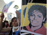 MJ猝死引歌迷陪葬