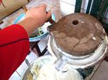 大雪节民间习俗:磨豆腐