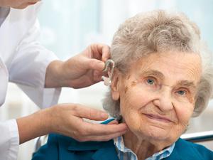 三叉神经长肿瘤 老人牙痛六年不止