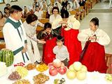 韩国:全家到爷爷奶奶家团聚