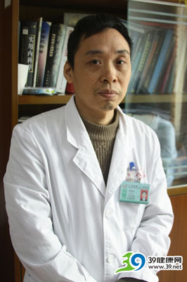 广东省第二人民医院心血管内科主任李瑜辉:介入治疗后继续服药异常重要