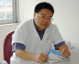 潘集阳,暨南大学附属第一医院精神心理科主任,主任医师,教授。
