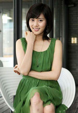 《回家的诱惑》秋瓷炫女人味发型