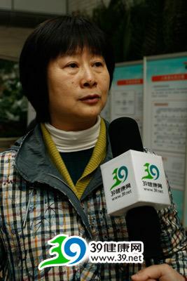 广东省中医院妇科王小云主任:患更年期综合症如何调养?