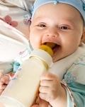 贴士:孩子健康喝水很重要