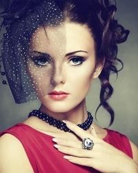 当红女星分享独门黑眼圈战术