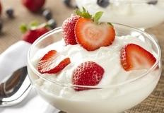 自制春季减肥甜点:草莓布丁