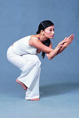 鸟王式瑜伽动作 打造性感小蛮腰图片