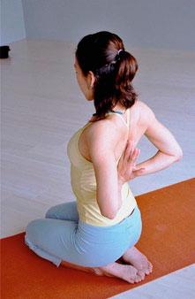 丰胸瑜伽动作