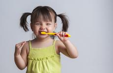 牙菌斑怎么去掉?这些方法,有助解决牙菌斑