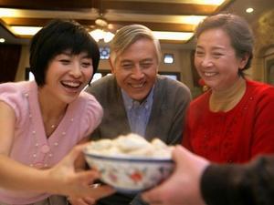 """春节如何健康吃大餐,服药后这几种食物要""""忌口"""""""