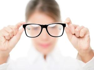 近视眼怎么矫正视力?四个方法可行