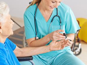 血糖高了别大意,糖尿病患者需做好这些防护