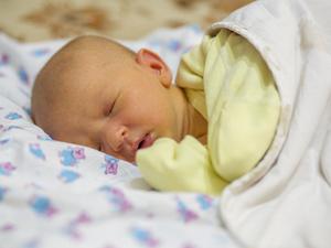 宝宝黄疸怎么办?注意这些就可以