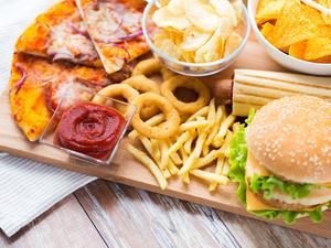 上班族经常吃这些食物可能会致癌