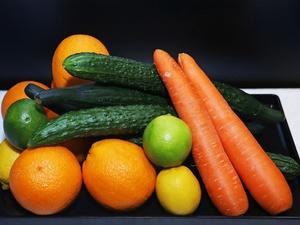 低热量食物一览表:含水量越多的食物热量越低