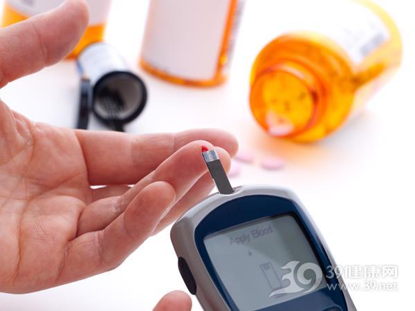 血糖 抽血 血糖仪 糖尿病 检查 检验_7800254_xxl