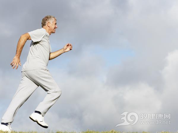 早上起来跑步能减肥吗