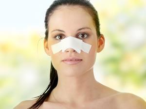 怎么消除鼻子两侧的脂肪粒