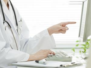 引起男性尿道炎的原因是什么?