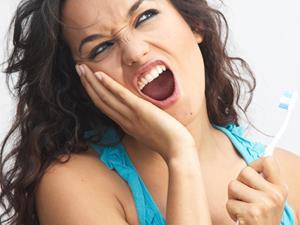 牙龈肿痛怎么办?试试这10个方法