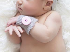 为什么有些婴儿要睡暖箱,而有些又不用?