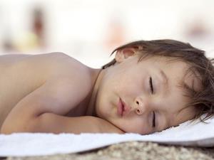 早产儿,世界早产儿日,世界早产儿日:早产儿护理有技巧