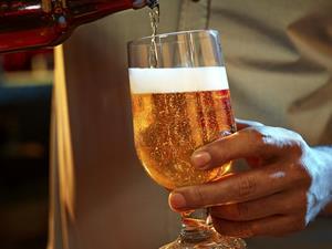 肝癌高发都是喝酒惹的祸