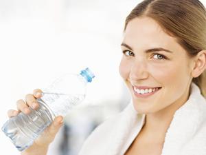 四种天然气饮用水减肥方法应保持警惕