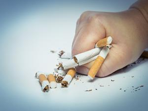 孕期吸烟 你还想抱孙子吗?