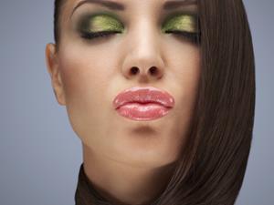 嘴唇干裂,呵护双唇