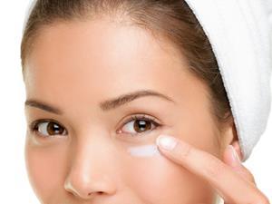 眼霜什么时候开始用?眼霜的正确使用方法