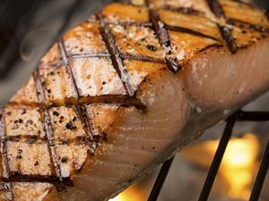 当心!腌肉吃多加重哮喘