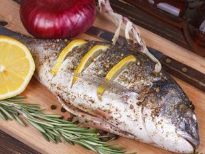 预防胰腺癌可多吃鱼 风险可降低30%