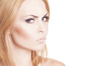 乳腺增生,月经不调,痤疮,女人生气,生气的危害