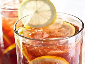 饮料喝太多,小心牙齿过敏!