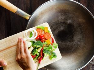 防癌饮食 试试这十种野菜