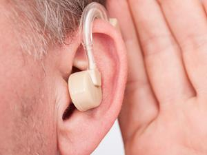 """助听器!老人的""""第二耳朵"""""""