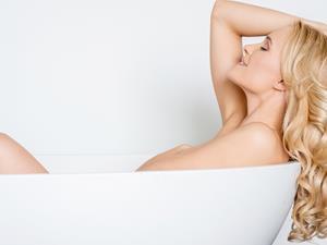都说浴缸占地方!其实冬季泡澡的好处多多