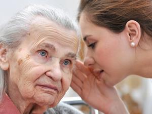保护老人听力的8个小习惯