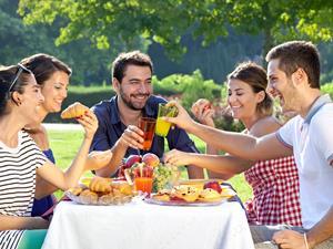 吃饭有四个坏习惯,胃癌早晚都会来!